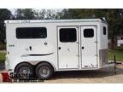 "2019 Trailers USA 2H Straight 88"" Stalls 2 horses"