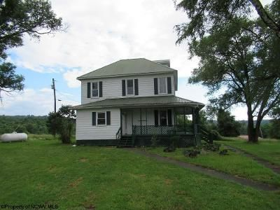 3 Bed 2 Bath Foreclosure Property in Albright, WV 26519 - Hudson Mill Rd
