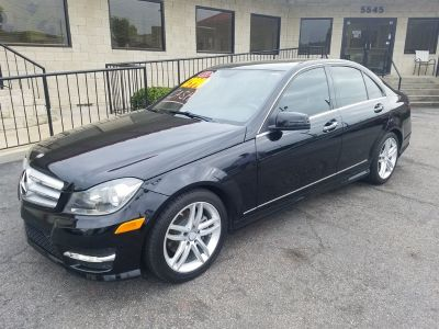 2013 Mercedes-Benz C-Class C250 Luxury (Black)