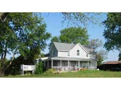 3 Bed 2 Bath Foreclosure Property in Lone Jack, MO 64070 - S Helmig Rd