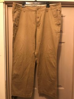Men s Old Navy Broken In Khakis