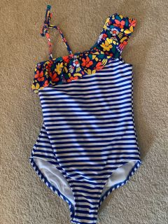 Cat and Jack bathing suit 7/8
