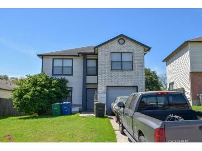 4 Bed 1.5 Bath Preforeclosure Property in San Antonio, TX 78251 - Alexa Pl