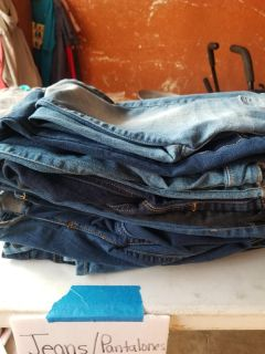 12- size 6/7 girls jeans