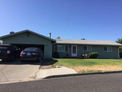 3 Bed 1.8 Bath Preforeclosure Property in Selah, WA 98942 - Palmer Dr