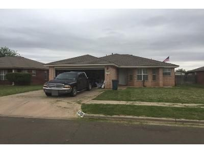 3 Bed 2 Bath Preforeclosure Property in Lubbock, TX 79423 - 76th St