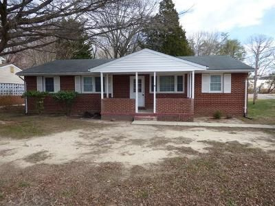 Foreclosure Property in Indian Head, MD 20640 - Pine St