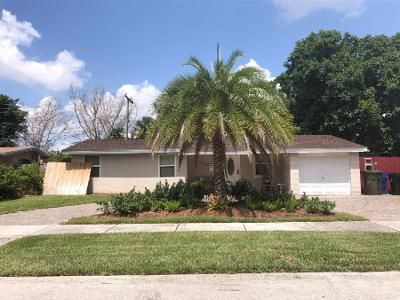6 Bed 4 Bath Preforeclosure Property in Fort Lauderdale, FL 33312 - SW 34th Ave