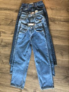 3 Pairs of Levi s Jeans