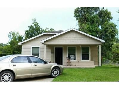 3 Bed 1 Bath Foreclosure Property in Beaumont, TX 77701 - Shamrock St