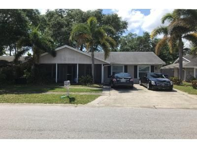 2 Bath Preforeclosure Property in Clearwater, FL 33760 - Dodge Cir