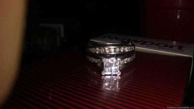 Serious inquiry only PRICE CUT2/3off wedding set
