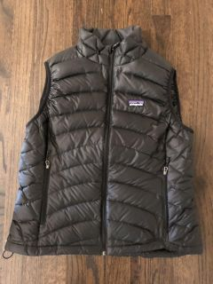 Patagonia Women s down sweater vest