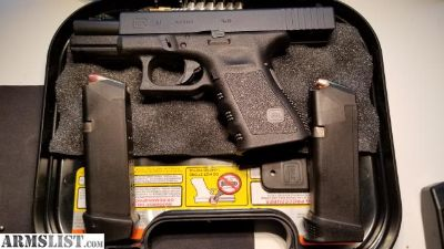 For Trade: Glock 19 GEN 3 w/ 2x GEN 4mags ** Trade for G26