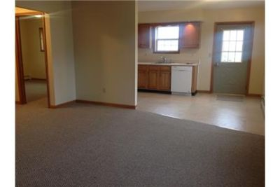 Ground floor apartment in garden style apartment complex. Parking Available!