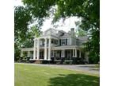 Inn for Sale: Butterfly Mansion Bed & Breakfast