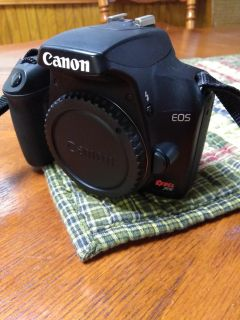 Canon Eos Rebel xs body only