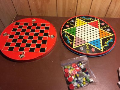 VINTAGE CHINESE CHECKERS GAME
