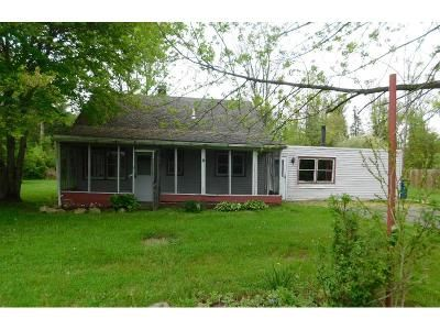 3 Bed 1 Bath Foreclosure Property in Annandale, NJ 08801 - Round Top Dr