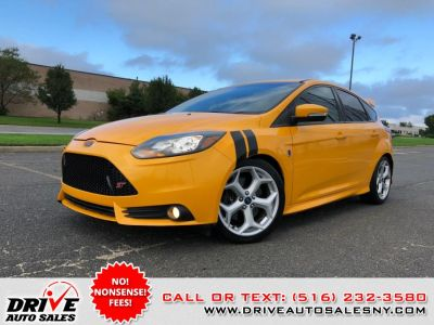 2014 Ford Focus ST (Tangerine Scream)