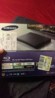 Samsung Blu-ray player with Wi-Fi and apps 75 obo