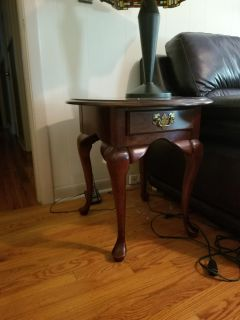 Oval end tables, set of 2