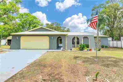 1352 Medford Avenue Spring Hill, Don't wait to see this