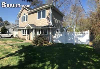 $2600 3 single-family home in Rochelle Park