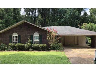 Preforeclosure Property in Horn Lake, MS 38637 - Chapel Hill Dr