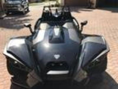 2016 Polaris Slingshot Like New!