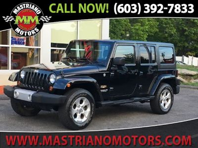 2013 Jeep Wrangler Unlimited Sahara (Black)