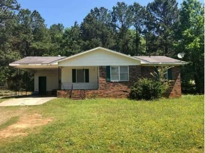 3 Bed 1 Bath Foreclosure Property in Yatesville, GA 31097 - Kendall Rd