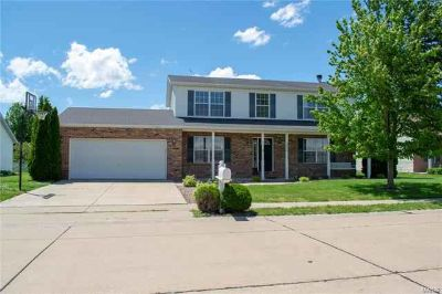 1309 Cody Drive Waterloo, This Four BR 2 story home boasts
