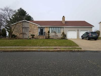 4 Bed 2 Bath Preforeclosure Property in Sayreville, NJ 08872 - N Edward St