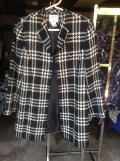 Collections, Sz 16, black & cream plaid, jacket, with sturdy hook and eye