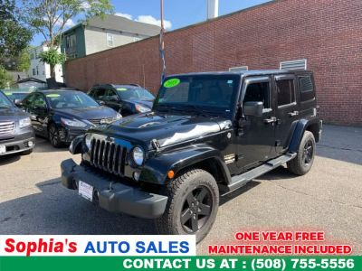 2015 Jeep Wrangler Unlimited 4WD 4dr Sahara (Black Clearcoat)
