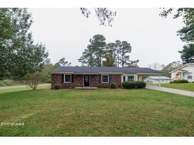 4 Bed 2 Bath Foreclosure Property in Andrews, SC 29510 - Hillcrest Dr