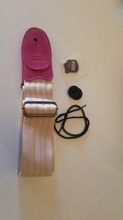 Guitar strap with 3 picks