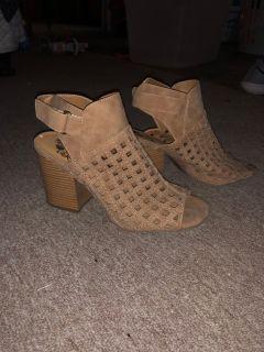 8W tan heels