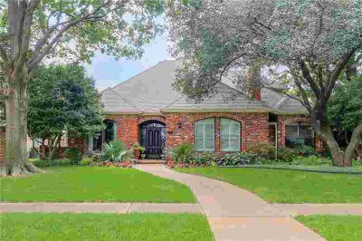 5824 Wavertree Lane Plano Four BR, don't miss this west
