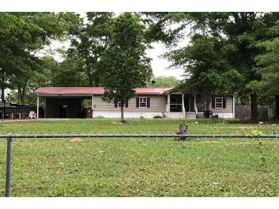 3 Bed 2 Bath Foreclosure Property in Saucier, MS 39574 - Nells Rd