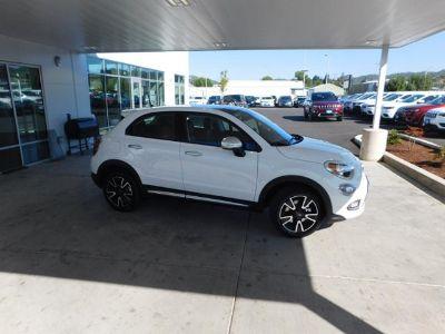 2018 Fiat 500X POP (BIANCO GELATO (WHITE CLEAR COAT))
