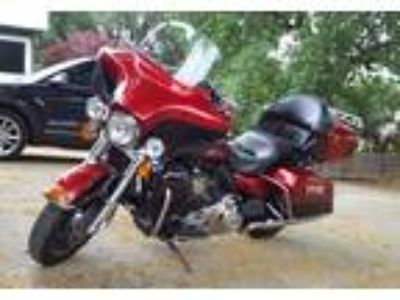 2013 Harley-Davidson FLHTK-Electra-Glide-Ultra-Limited Touring in Red Bluff, CA