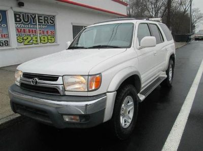 2001 Toyota 4Runner SR5 (Natural White)