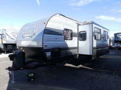 2019 Forest River SALEM 27TDSS, 1 SLIDE, ELECTRIC BUNKS, POWER PACKAGE, SOLID SURFACE COUNTERTOPS, SLEEPS 8, FIREPLACE