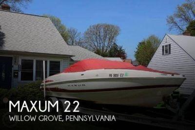 2004 Maxum 2200 SR