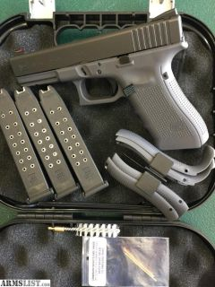 For Sale/Trade: Grey Glock 17 gen4