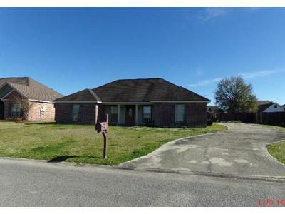 3 Bed 2 Bath Foreclosure Property in New Iberia, LA 70560 - Quence Dr