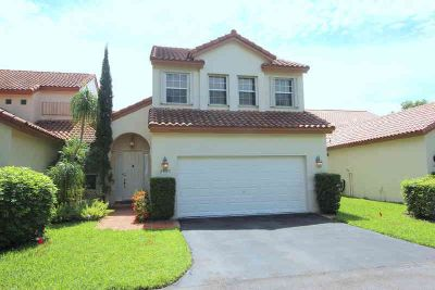 23399 Water Circle Boca Raton Three BR, new roof 2013!