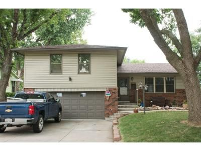 4 Bed 2 Bath Preforeclosure Property in Omaha, NE 68154 - N 110th Ave